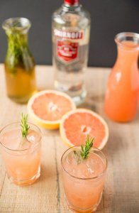 Grapefruit and alcohol drinks