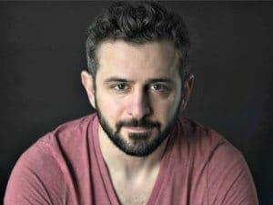 Actor Roberto Cavazos